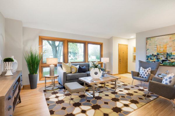 Staging Homes in $200k range