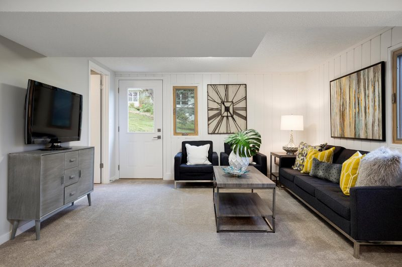 After Image - Charming Seating Area
